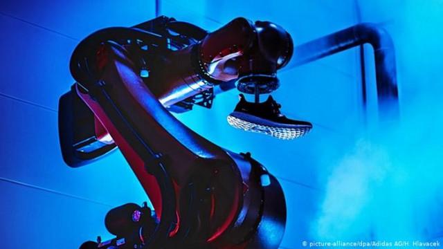 Попытка Adidas вернуть производство в Германию провалилась