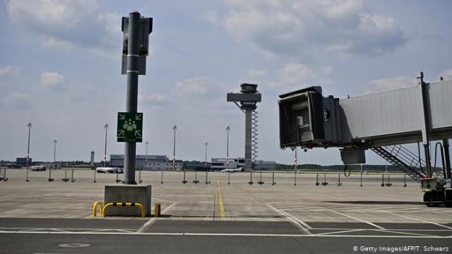 Новый аэропорт Берлина должны открыть 2020 - на 9 лет позже плана