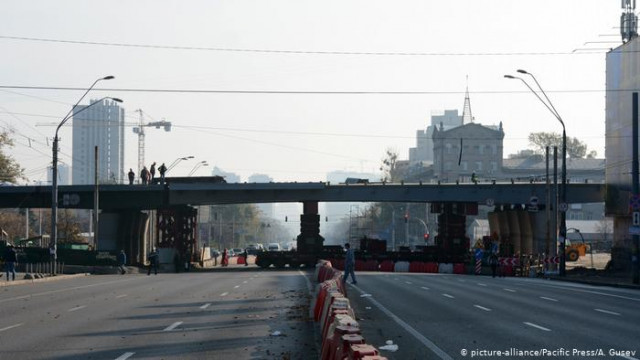 В Киеве после реконструкции открыли движение Шулявским мостом