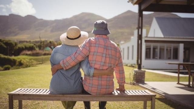 Слишком старые, чтобы быть полезными. Мир на пороге кризиса пенсионной системы
