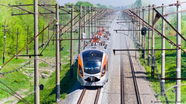 """Почему """"Укрзализныця"""" может поучиться у Deutsche Bahn?"""
