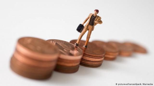 С высшим образованием и без нее кто зарабатывает в Германии больше?