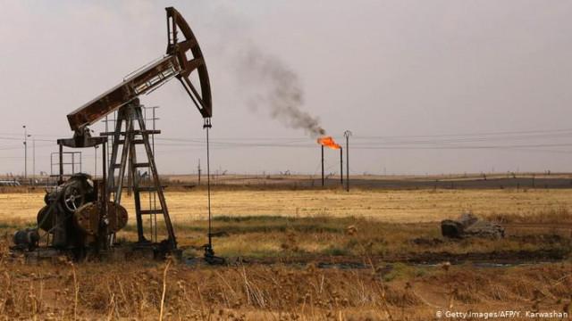 В ОПЕК + не договорились по сокращению добычи, цена на нефть обвалилась