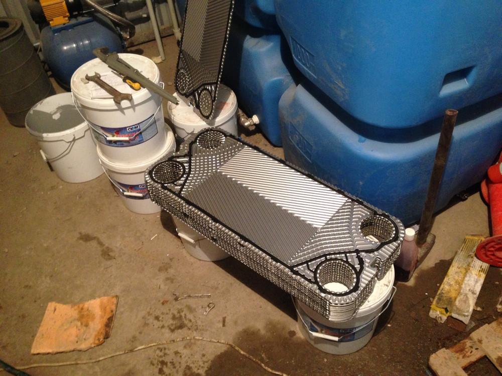 Зачем нужно промывать пластинчатые теплообменники