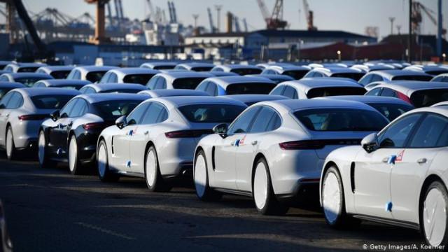 Экспорт Германии в марте обвалился на рекордные почти 12 процентов