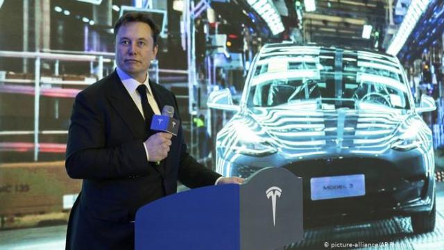 Через локдаун Маск угрожает перенести производство Tesla из Калифорнии