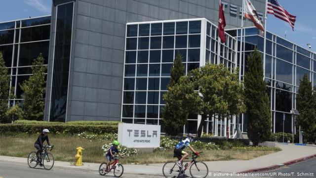 Завод Tesla в Калифорнии заработает несмотря на запрет властей