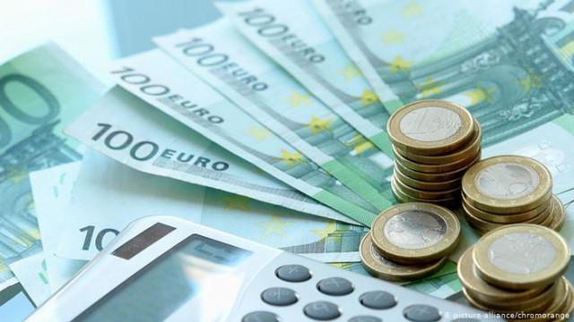 Правительство ФРГ рассчитывает на 81000000000 евро меньше налогов, чем в 2019 году