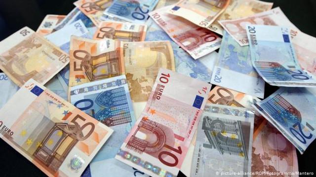 Брюссель: Независимость НБУ - условие предоставления 12 миллиарда евро Киеву
