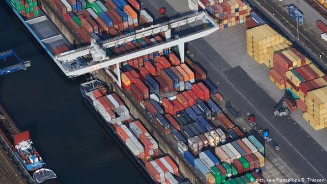 Немецкий экспорт в мае обвалился на 30 процентов