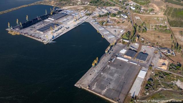 """Концессия порта """"Ольвия"""" - стоило отдавать компании из Катара прибыльное предприятие?"""