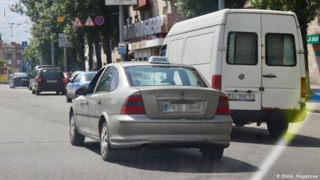 Был мэром - стал таксистом: ексголова Дебальцево о войне и работу в такси (видео)