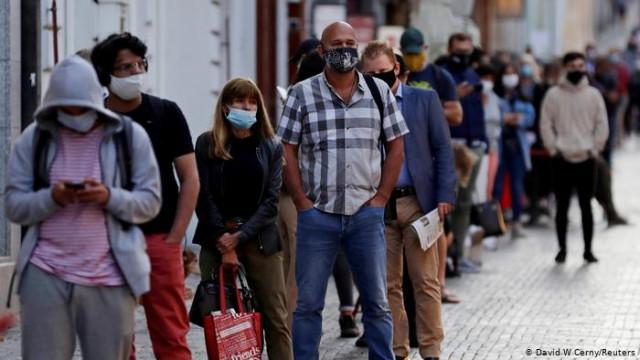 Вторая волна коронавируса: Европа готовится к локдауну? (Видео)