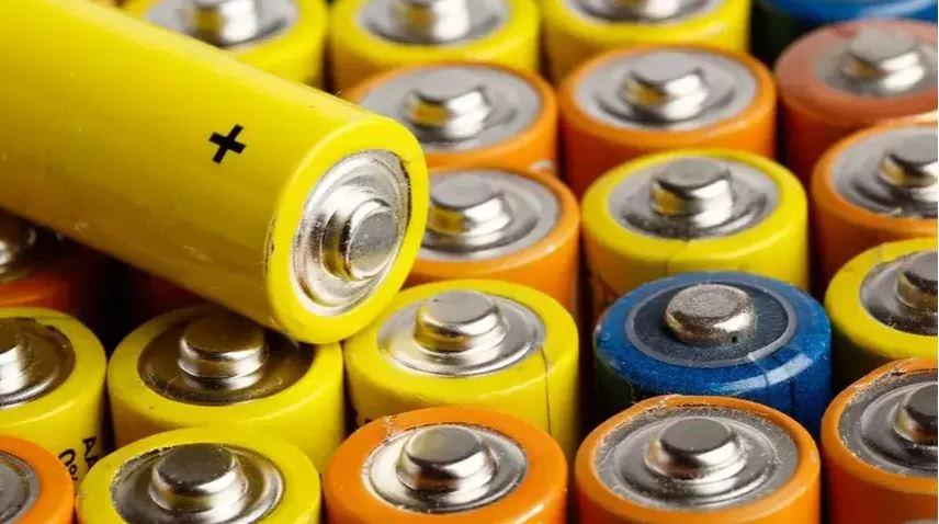 Мизинчиковые или пальчиковые электрические батарейки